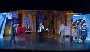 La estrategia del caracol - Sin Trastos Teatro - Concurso de Teatro Diputación 2016