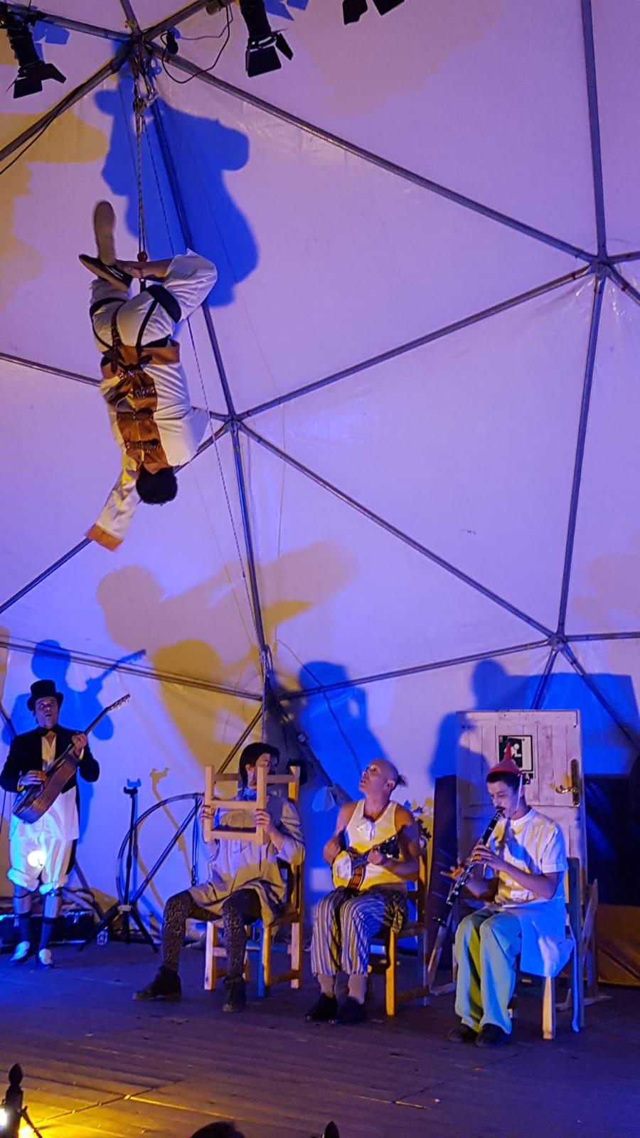 6.1 Foto Gala Circo